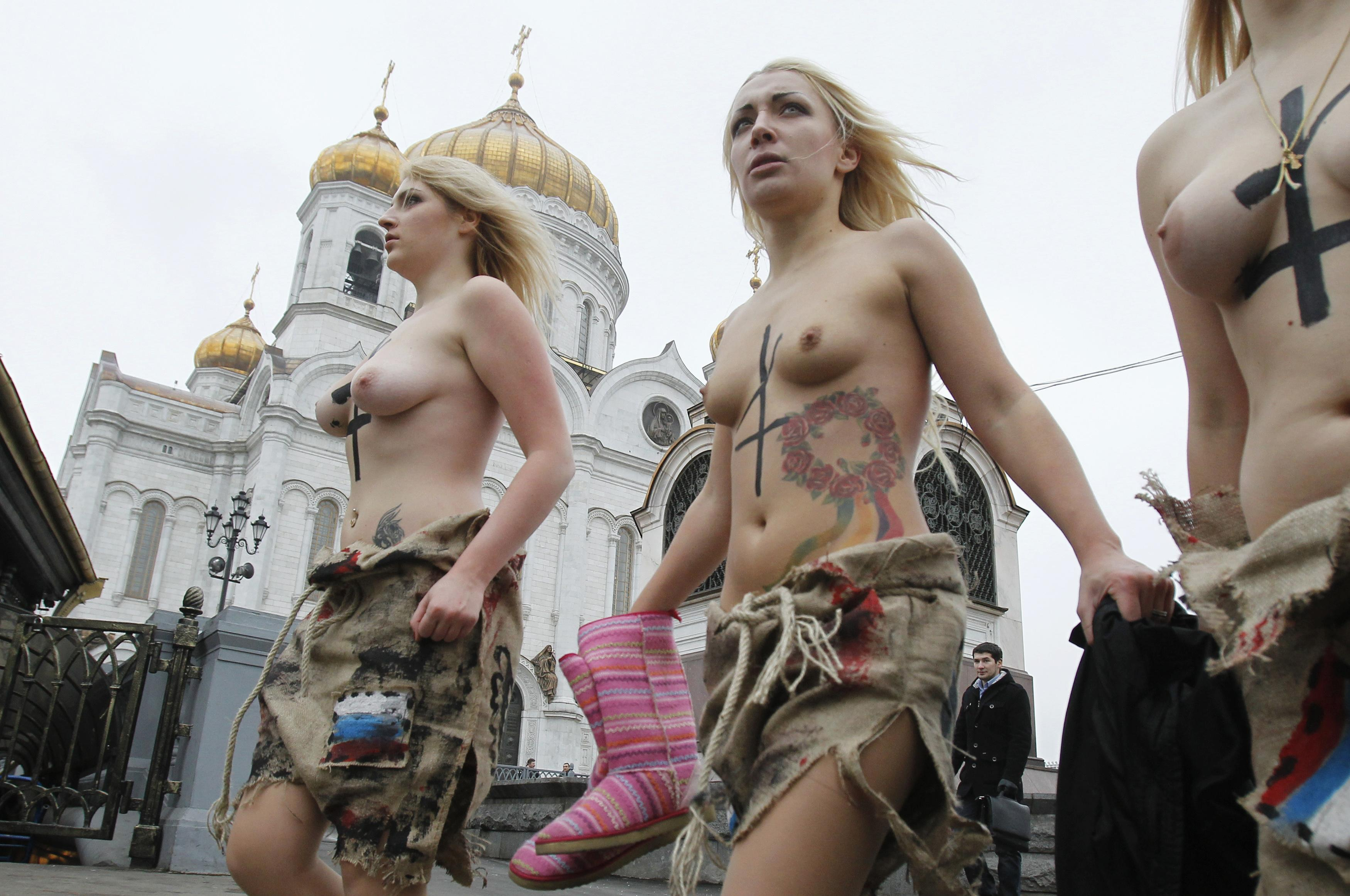 Раздевалка группы поддержки без цензуры 17 фотография